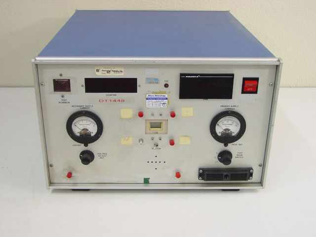 Electronic Test Instruments : Custom electronic testing equipment