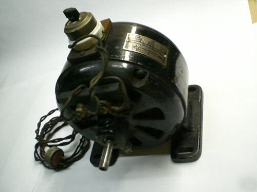 Antique vintage electric motor 110 120 volts ac for Electric motors of iowa city
